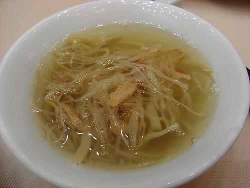 三種の具材のスープ